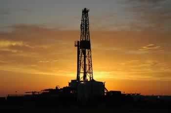 oil_drill_rig_onshore350_51cd332914a52